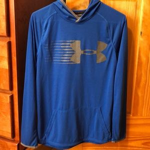 Boys Under Armour long sleeve hooded shirt